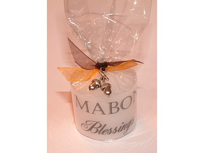 03.5cm Mabon Candle with Charm