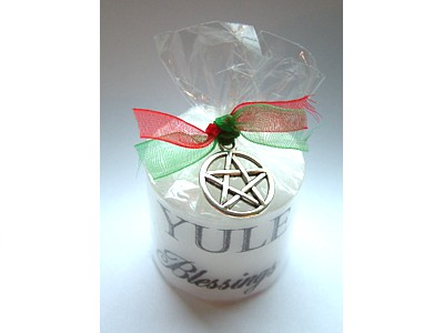03.5cm Yule Blessings & Pentacle Pendant Candle